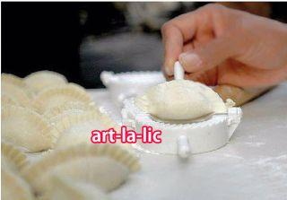 3 Sizes Kitchen Dough Press Cooking Dumpling Pie Ravioli Making Mold Mould Tool