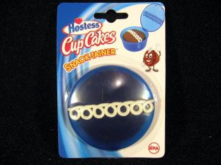 New Hostess Cup Cakes Snack Tainer Blue Plastic School Container Treat Cake