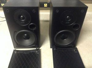 Set Of 2 Polk Audio T15 Main Stereo Bookshelf Speakers Black
