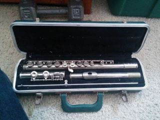 Vintage Bundy Flute Musical Instrument in Case