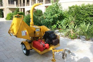 """25 HP Kohler Auto Feed Commercial 6"""" Tow Behind Wood Chipper Mulcher Danuser 24T"""