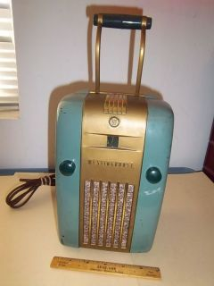 Vintage Westinghouse Working Refrigerator Radio Model H 135