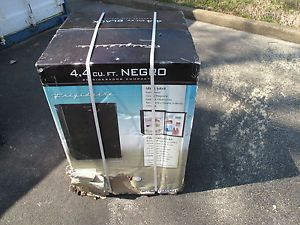 Frigidaire 4 4 CU ft Compact Refrigerators Color Black FRC445GB