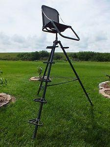 Millennium T 100 Aircraft Aluminum Tripod Hunting Stand 10 Feet Tall 36 Pounds