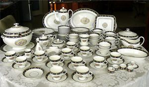 Huge 122 PC Set Wedgwood Runnymede Blue China Dinnerware SVC 12 Many Servers