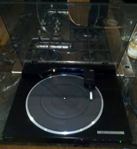 Sony PS LX520 Linear Tracking Turntable Record Player w Audio Technica Needle