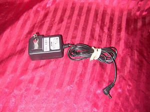 D Link AMS47 0501000FU 5V 1A Power Supply AC Adapter