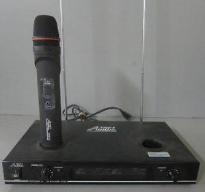 Audio 2000's Professional Wireless Microphone System AWX6112 w 1 Microphone