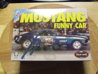 Polar Lights Blue Max Funny Car 70 Mustang Kit Parts Only 1 25 Scale