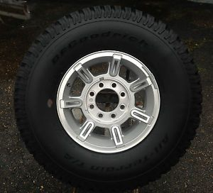 03 09 Hummer H2 Spare Tire and Wheel Never Used BF Goodrich LT315 70R17