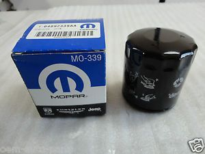 New Genuine Mopar 04892339AA Engine Oil Filter Dodge Avenger Caliber Charger