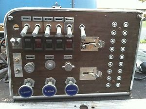 Peterbilt 359 Dash: Commercial Truck Parts