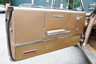 1964 Pontiac Grand Prix Stunning Automoblie 8 Lug Wheels