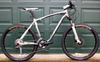 "New Jamis Durango 3 Hardtail Mountain Bike 19"" Blue White Pearl MTB Bicycle XT"