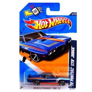 2012 Hot Wheels Muscle Mania   GM '70 Pontiac GTO Judge Blue #104/247: Toys & Games