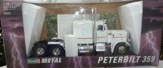 Revell Metal 1/24 Scale Peterbilt 359 Semi Truck: Toys & Games