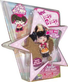 Bratz Itsy Bitsy Hair Flair 2.5 Inch Tall Doll   Jade the Rock Stars with Hairbrush and Star Shaped Display Base: Toys & Games