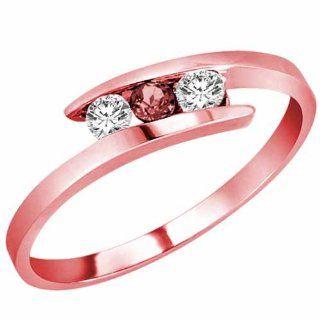 Ryan Jonathan 18K Yellow Gold Round 3 Stone Channel Set Ruby and Diamond Ring (0.25 cttw)   Size 8: Ryan Jonathan: Jewelry