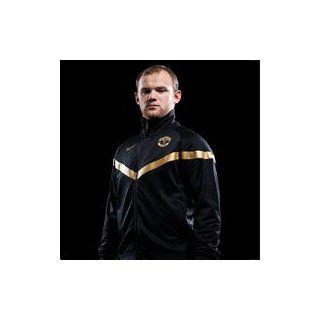 Manchester United FC Herren Trainings Jacke schwarz/gold 380699 Gr. XL Sport & Freizeit